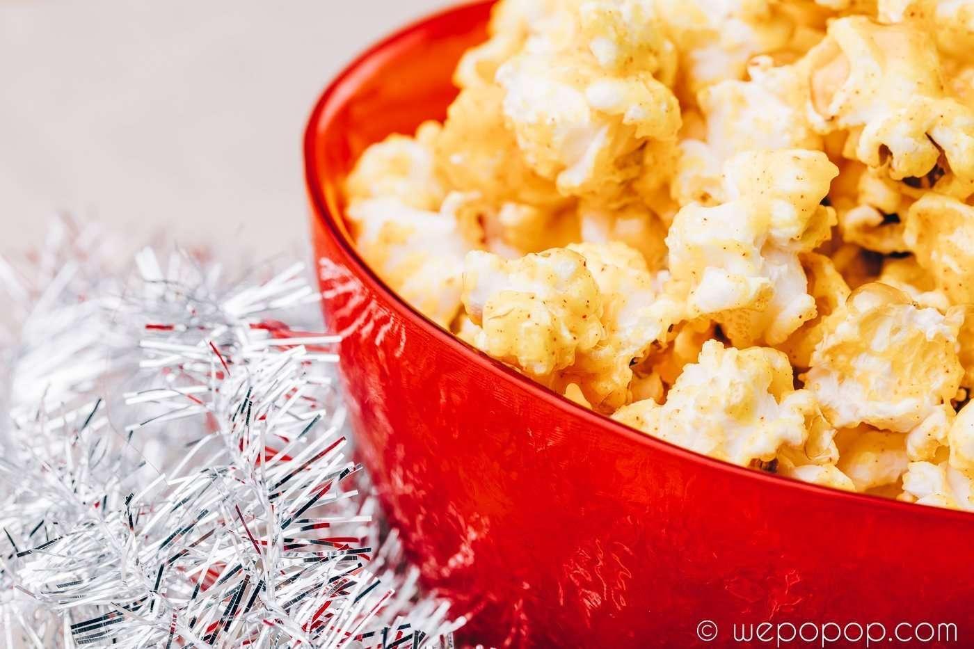 Popcorn med saffran och vit choklad